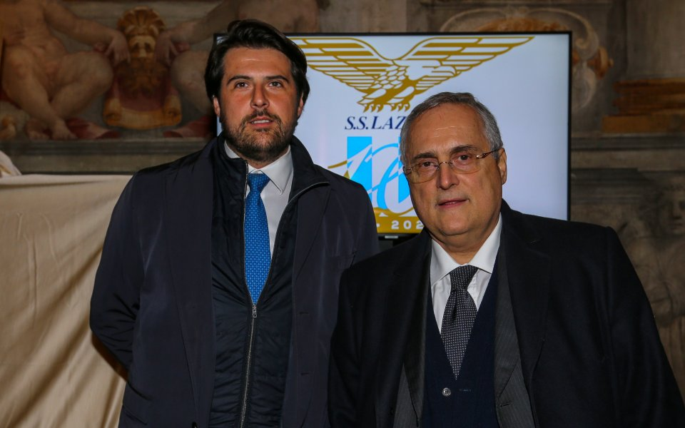 Министърът на спорта на Италия: Серия А няма да...