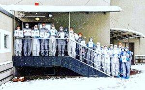 Тях не ги е страх! Медици от ВМА трогнаха България