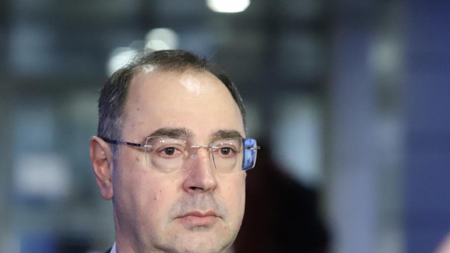 Доц. Попов от ВМА обясни симптомите на коронавируса