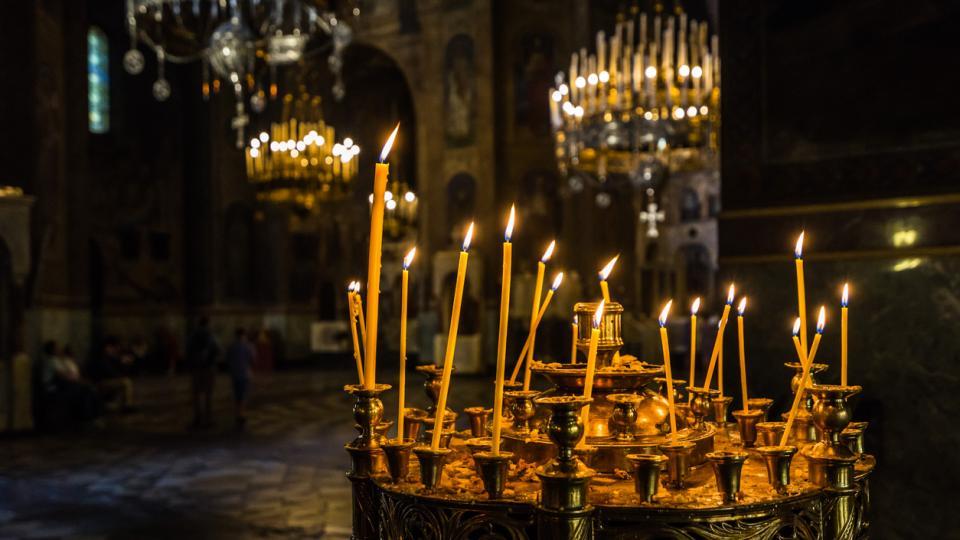 църква свещи