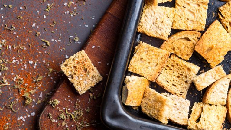 5 вкусни идеи за оползотворяване на стария хляб вкъщи