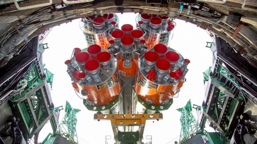63-тата мисия към Международната космическа...