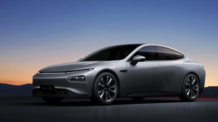 <p>Китайският клонинг на Tesla Model 3 обещава много</p>