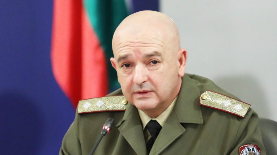 """""""Le Temps"""": Български генерал е герой от войната срещу COVID-19"""