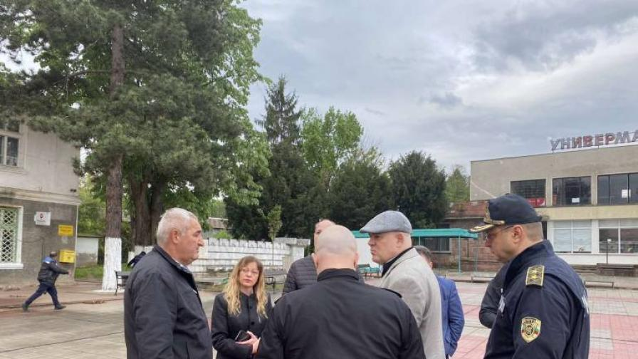 Двама обвинени за побоя над музикант в Ботевградско