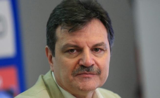 Д-р Александър Симидчиев: Ще има три вълни на заболели