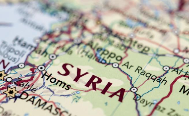 Израел засили ударите си по Иран дълбоко в Сирия