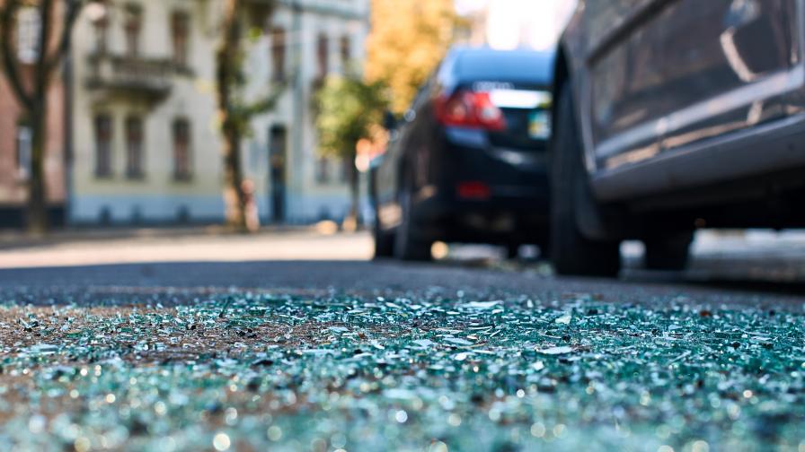 21-годишен пиян шофьор помете 5 коли в Пловдив