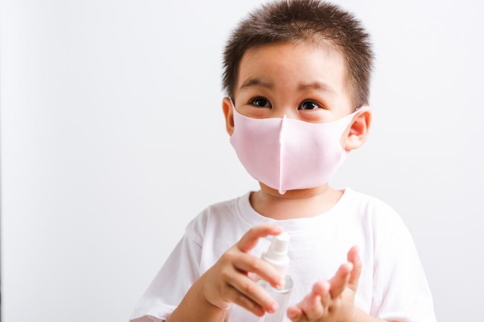 дете деца дезинфекция дезинфектант миркоби вирус бактерии