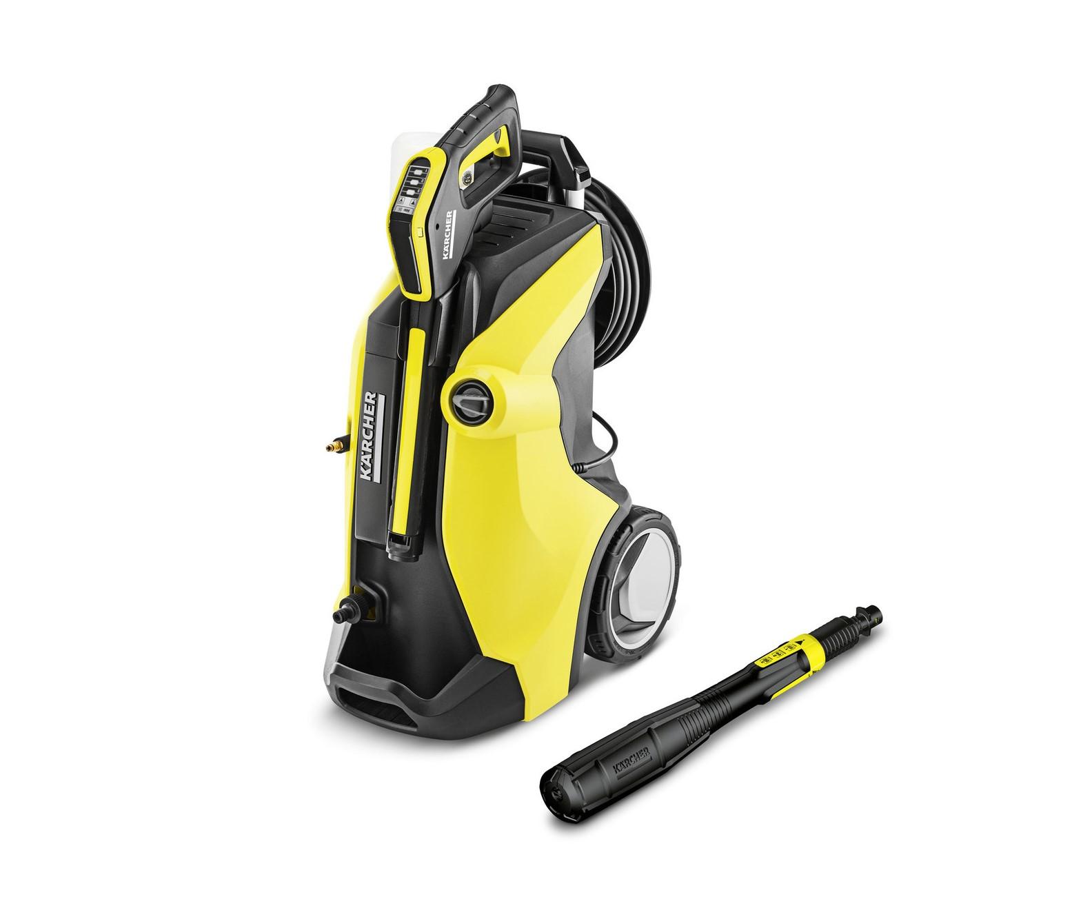 <p>K 7 Premium Full Control Plus разполага с макара за навиване на маркуча за високо налягане. Пистолетът на водоструйката позволява настройката на идеалното налягане с бутоните +/- и LCD показание.</p>