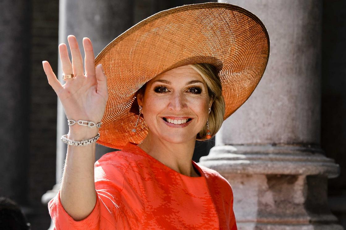 <p>Оранжевото се е превърнало в национален цвят на Нидерландия, тък като се асоциира с името на кралското семейство &ndash; House of Orange</p>