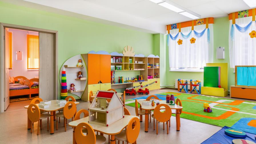 При какви мерки приемат децата в детските градини