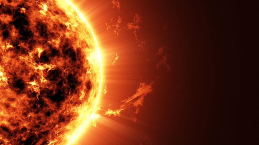 Слънцето изригна най-мощно от 2017 година насам