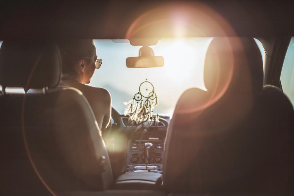 жена кола залез пътуване пътешествие