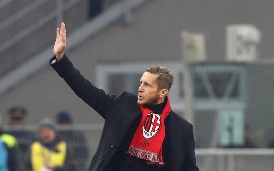 Бившият футболист на Милан Масимо Амброзини даде интервю пред Карло