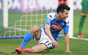 Крило на Наполи си тръгва след края на сезона
