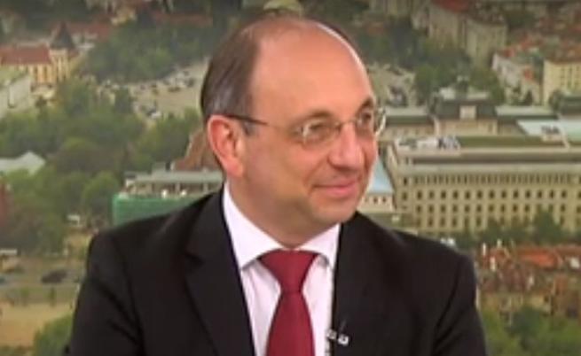 Николай Василев: България има пари и може да се справи в кризи сама