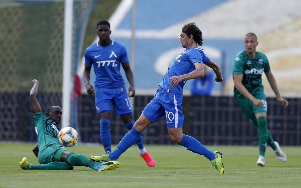 Отборът на Левски постигна изразителна победа с 3:1 над Витоша
