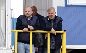 """""""Синя"""" България очаква голяма новина за акциите на Левски"""