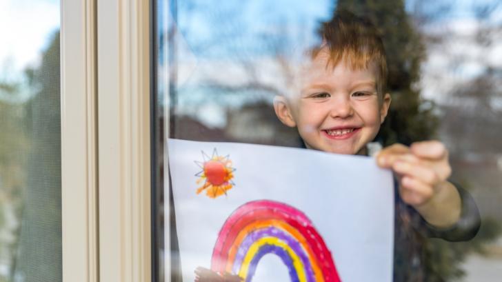 Ако детските рисунки бяха реалност: как един баща вдъхна живот на творенията на синовете си