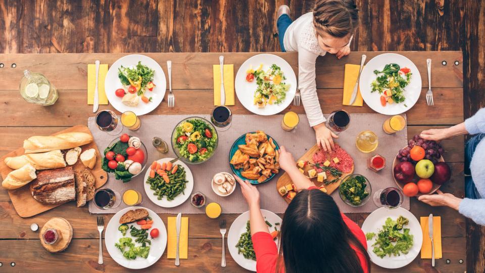маса вечеря храна семейство деца