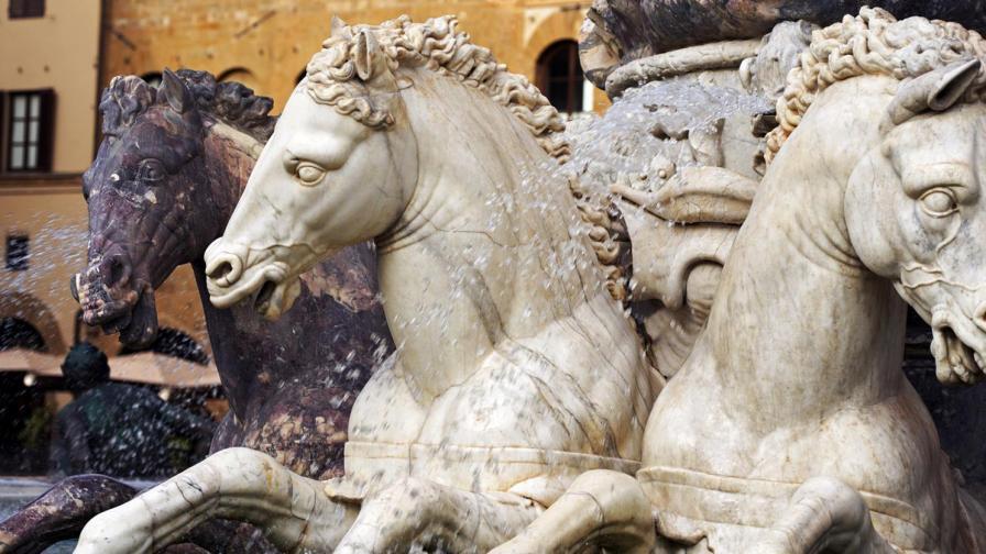<p>Ездачът на мраморни коне: Кирил Кадийски</p>