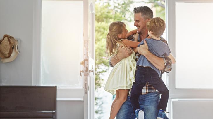 """Психологът Яна Алексиева: """"За бащите е важно да са част от живота на децата си, а не само да осигуряват материалното"""""""