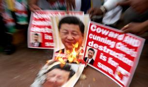 Сражение между Индия и Китай, десетки загинали - Свят | Vesti.bg