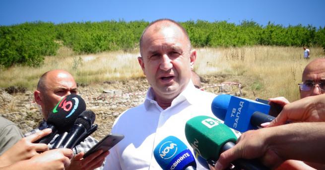 България Президентът Румен Радев на поход в Рила Той посети