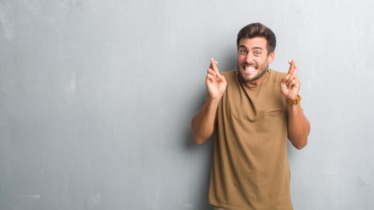 Има много по-притеснители неща от обсесивно-компулсивното разстройство… например да си суеверен