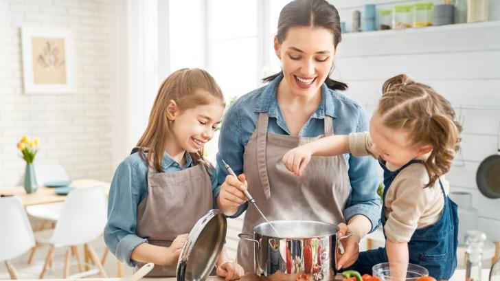 Мама в кухнята: 5 вкусни рецепти, които всяко дете ще хареса