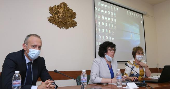 България Излязоха резултатите от изпитите след 7-ми клас Има трима