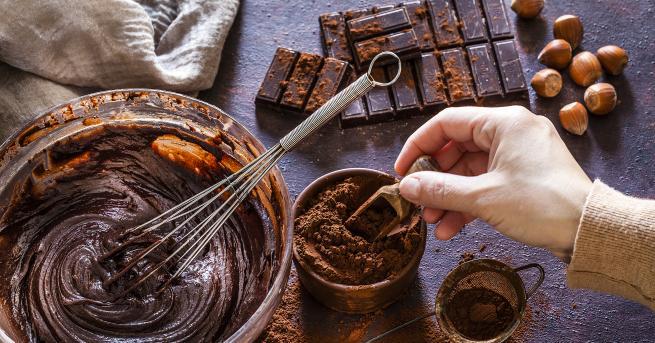 Любопитно Идея за десерт: Шоколадово брауни с орехи Неустоимо предложение
