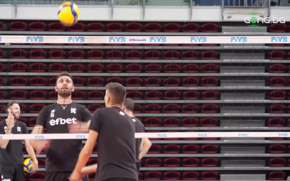 Националният отбор по волейбол при мъжете проведе открита тренировка в