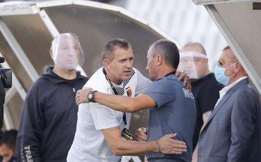 Глупост от треньор влуди Акрапович в мача с ЦСКА
