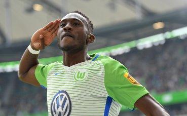 Футболистите в Германия не трябва да се оплакват от натоварен график, смята капитанът на Волфсбург