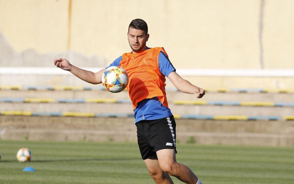 Загуба за Стаси Костов и Олимпиакос на финала за купата на Кипър