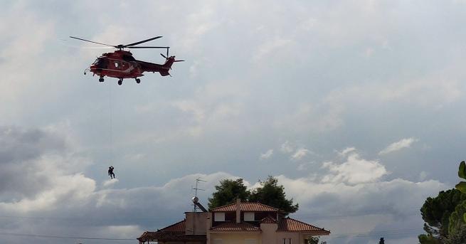 Свят Наводнение на гръцки остров, има загинали Сред загиналите е