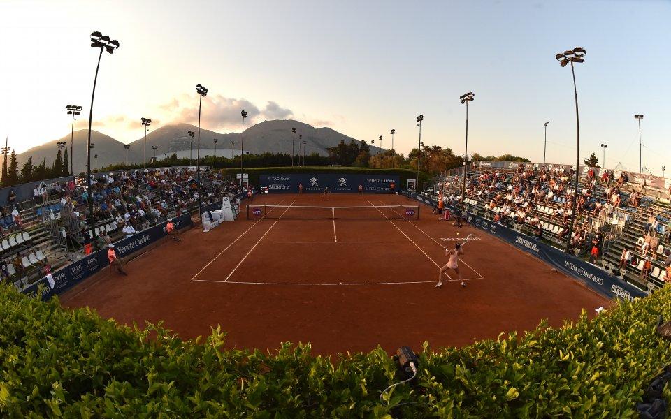 Анет Контавейт е първата финалистка на турнир в WTA тура