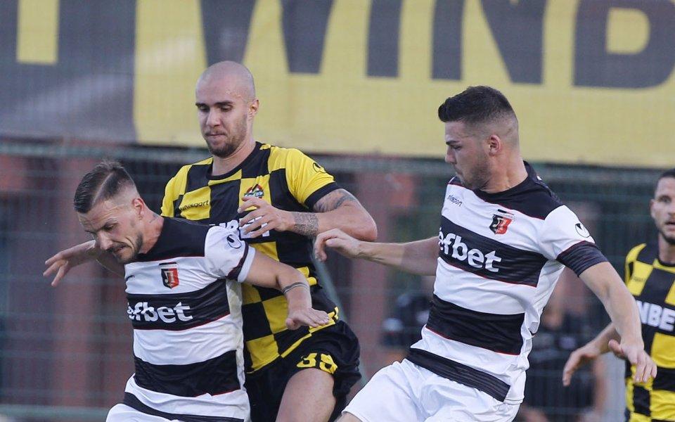 Локомотив Пловдив победи с 3:0 Миньор Перник в контрола, играна