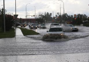 Все по-сериозни са щетите от наводненията в Евбея