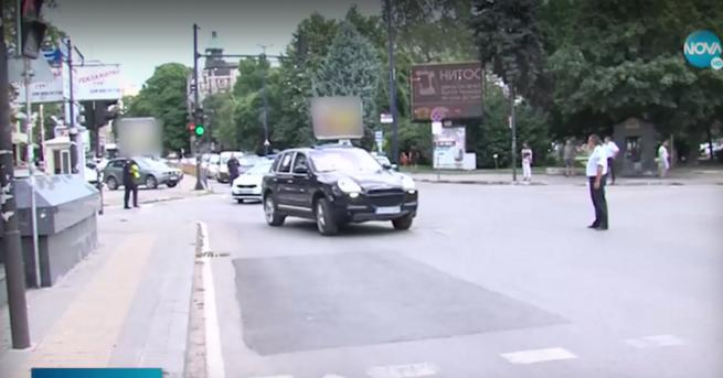 """България Демонстранти с протестно автошествие по АМ """"Тракия"""" Акцията съвпадна"""