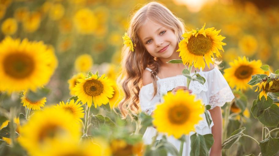 Благозвучни, нестандартни и красиви: 55 кратки имена за момичета