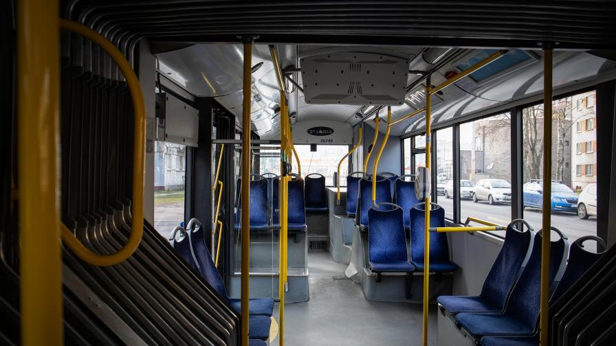 <p>Агресия в градския транспорт, шофьор обижда и заплашва пътници</p>