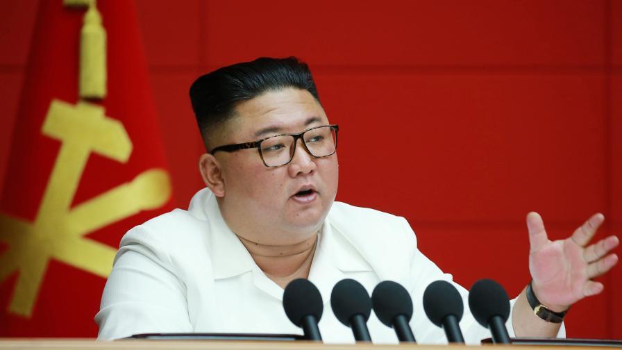 Пхенян опроверга спекулациите за здравето на Ким Чен Ун
