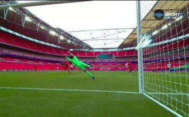 Брилянтен удар от Обамеянг и Арсенал е напред в резултата