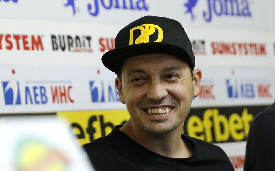 Детелин Далаклиев ще открие официално своята боксова зала в Плевен на 10 октомври