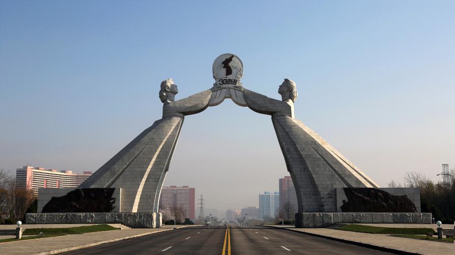 """""""Трупове на умрели от глад"""": избягала севернокорейка разказва"""