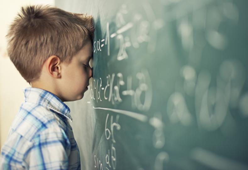 <p><strong>Овен&nbsp;</strong></p>  <p>Точните науки за стихията на Овните. Дай им да се занимават с математика и физика и не им трябва нищо друго.&nbsp;Те са изключително находчиви и усвояват лесно дори най-сложния материал.</p>