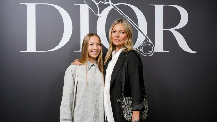 Като две капки вода: ще познаете ли порасналата дъщеря на Кейт Мос?